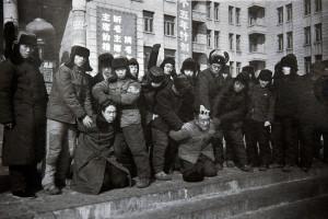 Харбин, 1967. Самосуд хунвейбинов над преподавателями Индустриального университета.